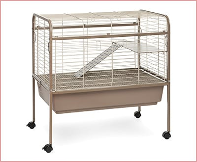 Prevue Pet cage for guinea pigs