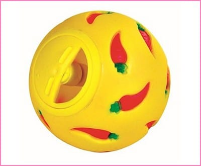 WHEEKY Treat Ball for Guinea Pigs