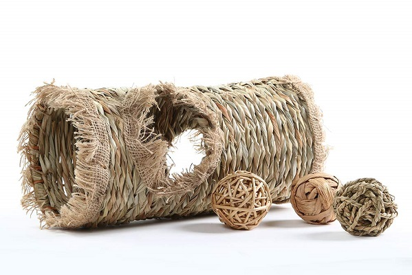 Niteangel Natural Hideaway Grass Tunnel and Ball Toys